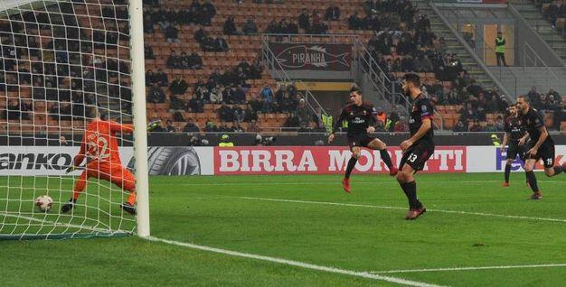 Europa League, Milan-Austria Vienna, il gol di Silva (foto Newspress)