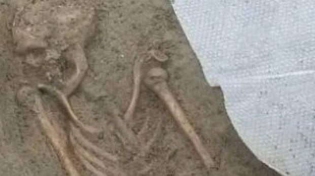 Lo scheletro umano ritrovato in via Valfonda