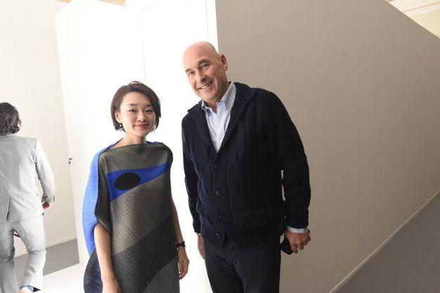 Andrea Riffeser Monti con l'artista Hitomi Sato (foto Schicchi)