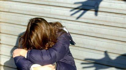 Incinta a 11 anni dopo una violenza sessuale (Newpress)