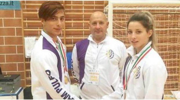 Lino Milanta assieme ai figli gemelli Raffaello e Maria Elena