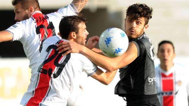 Ascoli-Cremonese 0-0 (LaPresse)