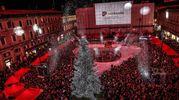 L'albero di Natale in piazza del Popolo a Pesaro (fotoprint)