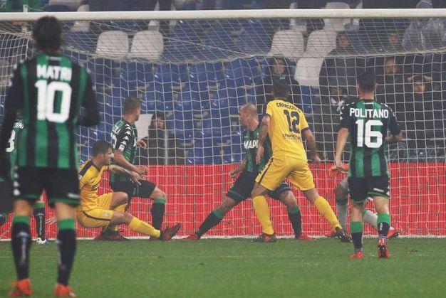 Il gol dello 0-1 di Bruno Zuculini (foto Ansa)