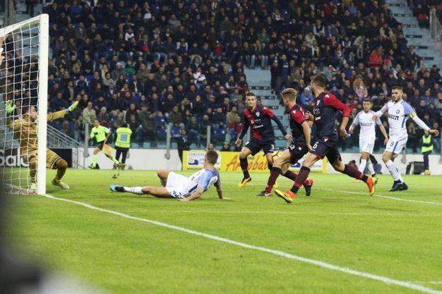 Il gol dell'1-0 di Icardi (Ansa)