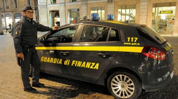 L'operazione è stata condotta dalla Finanza (foto di repertorio)
