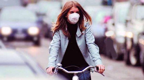 Mascherina contro l'inquinamento