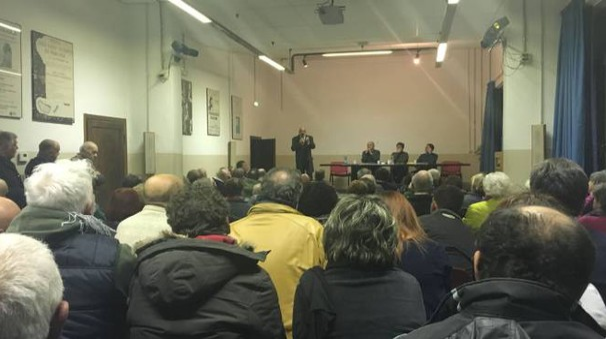 L'assemblea pubblica del Comitato per il No alla fusione tra Pergine e Laterina