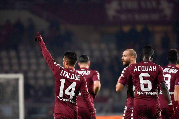 Iago Falque esulta dopo il gol (foto Lapresse)