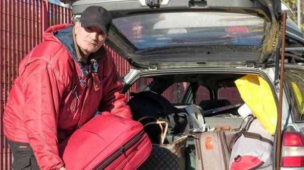 Francesco, 60 anni, ha trasformato in casa la sua station wagon