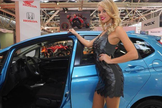 Il Motor Show è aperto dalle 9-18 durante i giorni feriali e, con orario 8,30-12,30, nei festivi e pre-festivi
