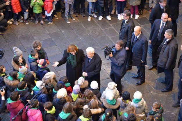 Il bagno di folla del presidente (foto Castellani)