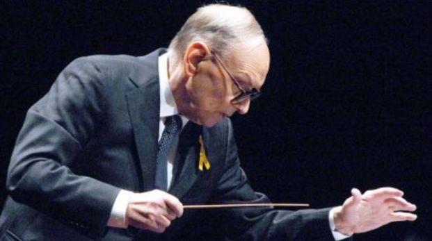 COMPOSITORE Ennio Morricone ha ricevuto  numerosi premi ed è autore  di 600 opere