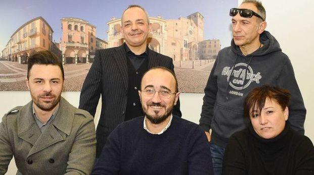 PRONTI I promotori dell'evento con in alto a destra Antonio Paolì e seduti il vicesindaco Lorenzo Maggi e il sindaco Sara Casanova