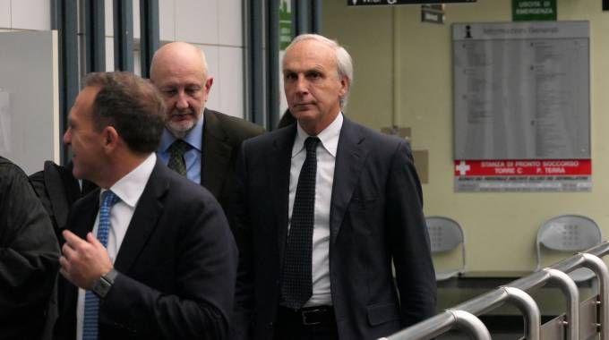 SOTTO ACCUSA  Massimo Bianconi, ex direttore generale  di Banca Marche,  al processo