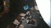 Un frame della rapina al Gamenet di Fano