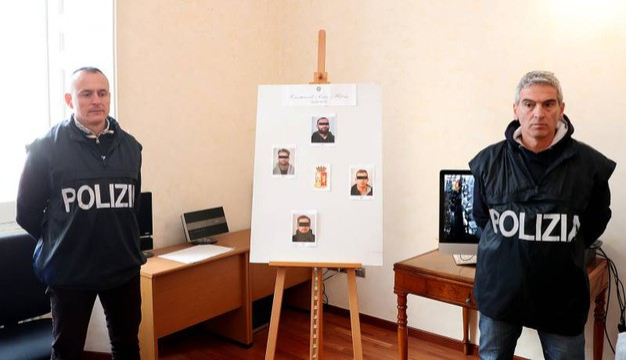Gli arrestati tutti di Vallefoglia e già noti alle Forze dell'Ordine hanno fra i 20 e 40 anni (Fotoprint)