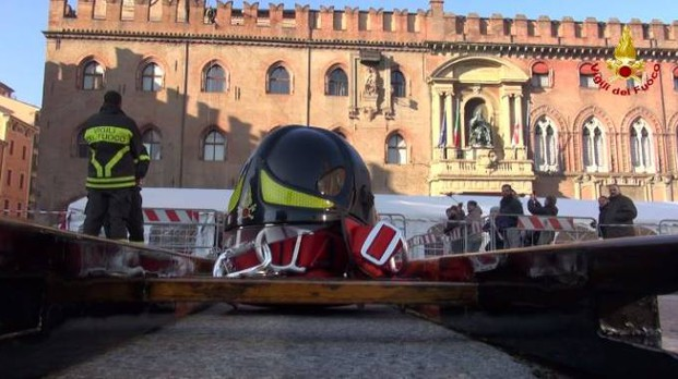 Appuntamento con i pompieri in piazza Maggiore