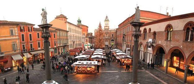 Mercatino 'Natale in viale Farini'