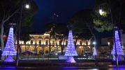 Il Municipio acceso (foto: Bruno Baffoni - Giancarlo Pari)