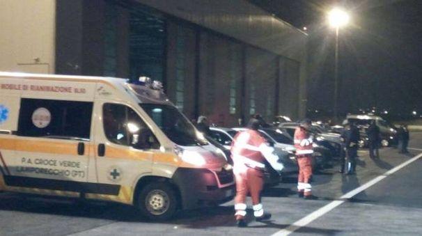 I volontari di Lamporecchio all'aeroporto di Firenze in attesa della ripartenza di Mattarella