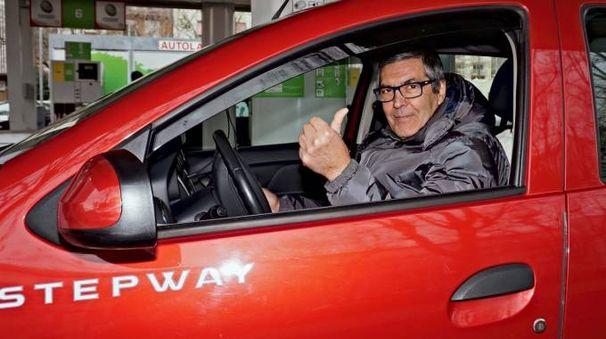 """Un automobilista spezzino """"immortalato'' al volante"""