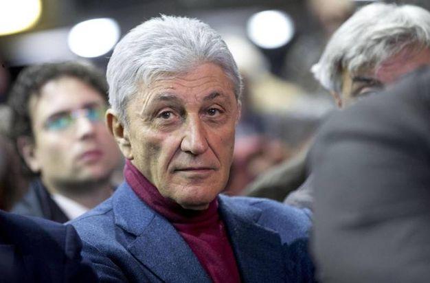 Antonio Bassolino in platea (Ansa)
