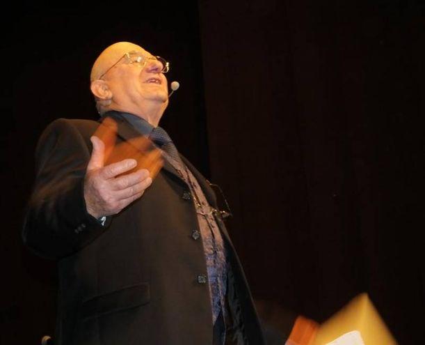 Il conduttore Lino Alberini