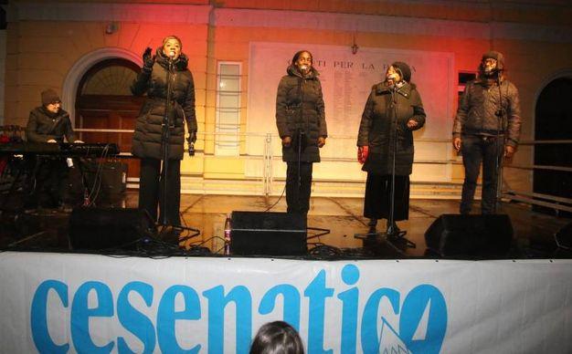 L'esibizione del gruppo statunitense 'Gospel Times' (foto Ravaglia)
