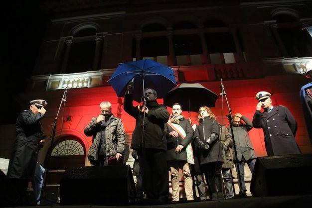Gli interventi delle autorità con in testa il vescovo di Cesena-Sarsina Douglas Regattieri ed il sindaco di Cesenatico, Matteo Gozzoli (foto Ravaglia)