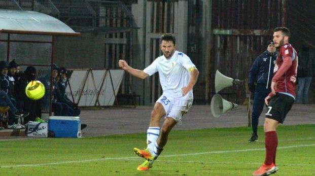 Arezzo-Prato 1-0, un'azione della partita (Tavanti)