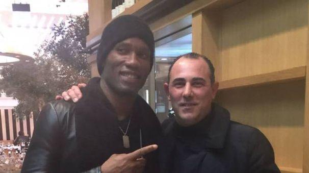 Didier Drogba insieme con Moreno Ciccioli