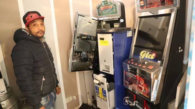 Ravenna, un altro furto in tre giorni al bar Djaff. Svuotate le slot machine (foto Zani)