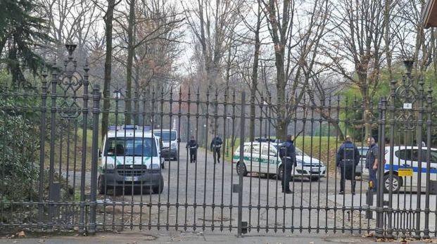 Polizia locale a Villa Gernetto (Radaelli)