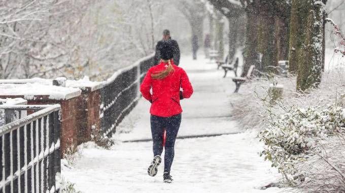 Previsioni meteo, freddo e neve ancora protagonisti a dicembre (foto Ansa)
