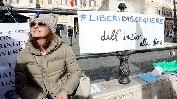Roma, manifestazione dei Radicali sul biotestamento (LaPresse)