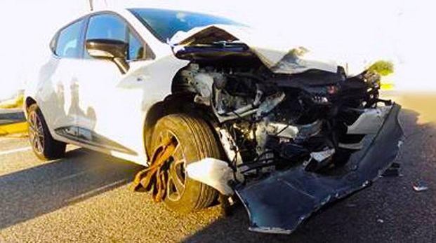 L'auto dell'investitore di Palosco dopo lo schianto (De Pascale)