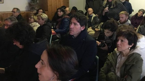 Il pubblico presente in sala mentre ascolta gli interventi