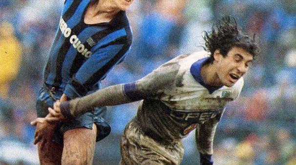 Wim Kieft in azione in un Pisa-Fiorentina