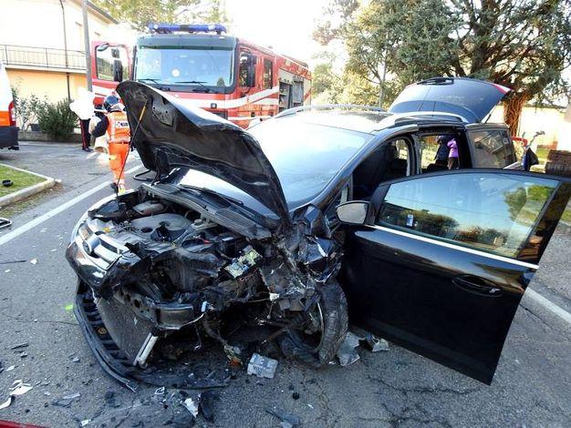 La signora al volante della C-Max è stata trasportata al 'Bufalini' di Cesena (Scardovi)