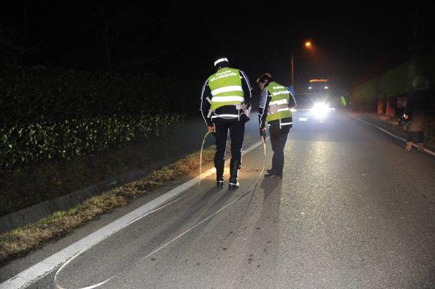 I rilievi dopo il tragico incidente (foto Fiocchi)