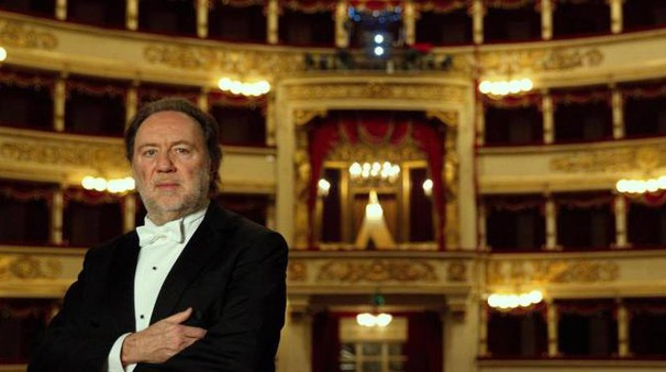 Il maestro Riccardo Chailly nel suo regno: La Scala (Ansa)