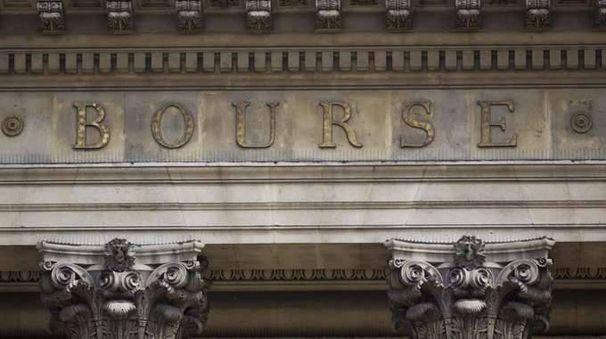Borsa: Europa in rialzo in attesa Draghi