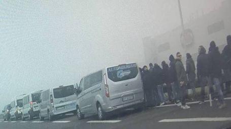 INDAGINI Le immagini scattate dagli uomini della polizia stradale di Verona dopo l'allarme lanciato dagli automobilisti