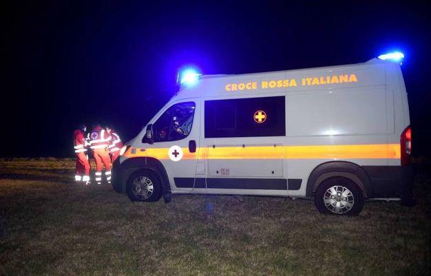 Sul posto sono intervenuti i carabinieri, il 118 e i vigili del fuoco (foto Businesspress)