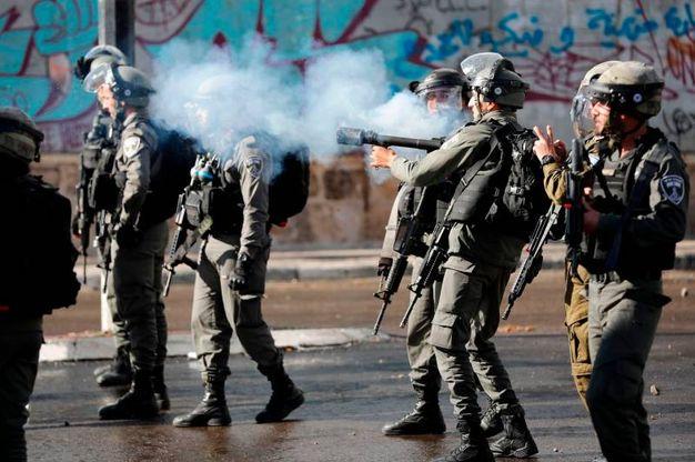 Reparti antisommossa nella West bank (AFP)