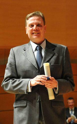 Medaglia d'Oro a  Vladimiro Poggi, giornalista