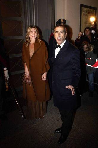 Il sindaco Sala con la compagna Chiara Balzoli (La Presse)