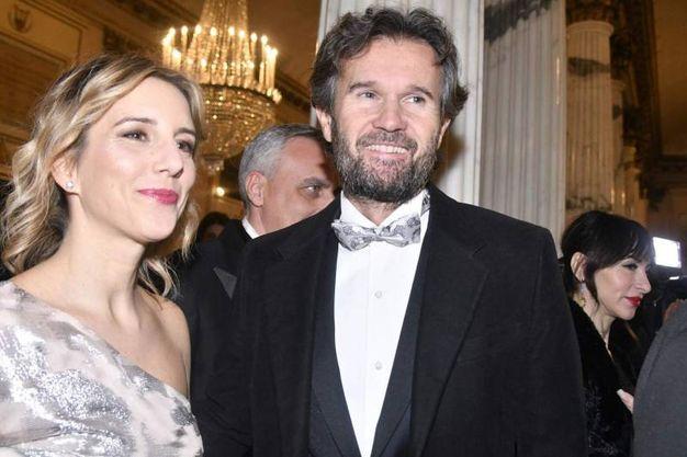 Carlo Cracco con la moglie (Newpress)