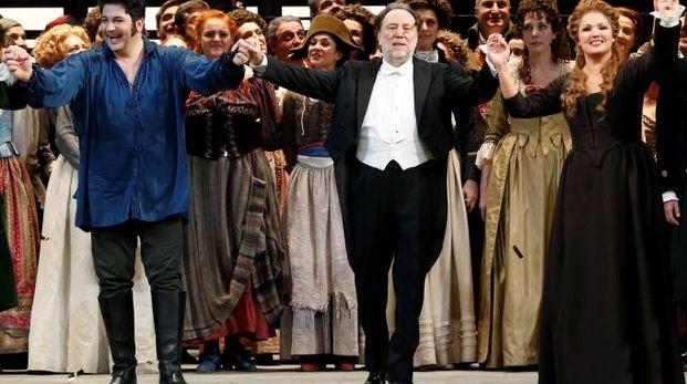 Prima Scala, applausi per Yusif Eyvazov, Riccardo  Chailly e Anna Netrebko (Reuters)